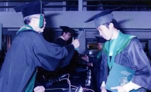 Wisuda DDK (Prof. Drs. H. Endang Soetari Ad,