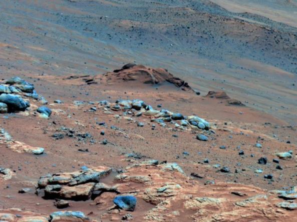 Foto bebatuan planet mars yang menguak keberadaan air purba